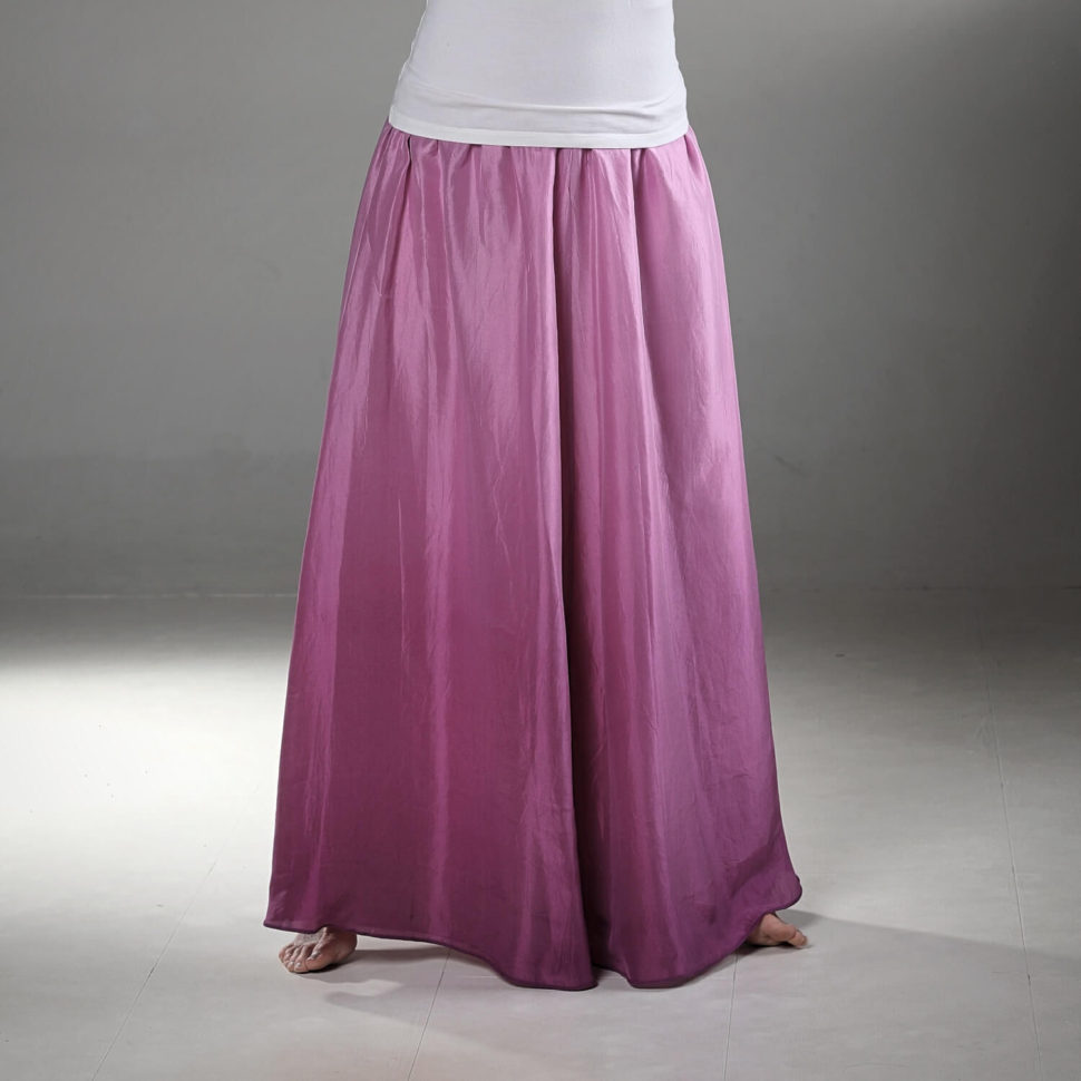 5b060ab1a549 Sladká vůně rozkvetlých pivoněk – dlouhá hedvábná sukně